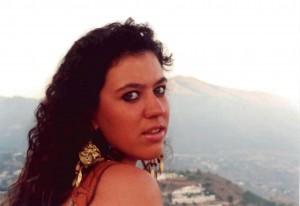 Macarena, jovencísima, en Mijas.
