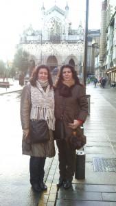 Las dos hermanas gemelas en Vitoria.